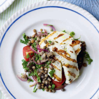 Halloumi with warm lentil salad
