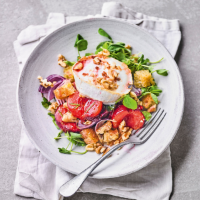 Honey-roast plum & goat's cheese salad