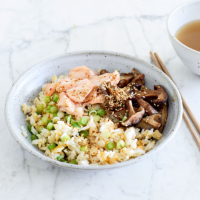 Japanese-style rice and egg bowl