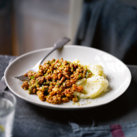 Minced beef with lentils & bacon