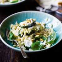 Orzo pasta with courgettes, ricotta & pine nuts