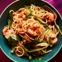 Prawn linguine with tomato and chilli pesto