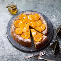 Spiced orange and almond cake