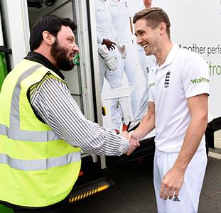 Cricket_chriswoakes