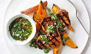 Zesty chicken with chips and chimichurri