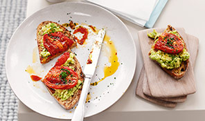Roast tomato & avocado toast
