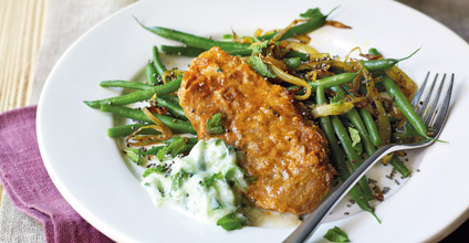 Tandoori lamb with raita & green beans