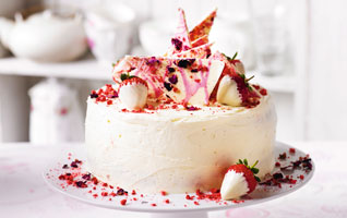 Martha's strawberry, Champagne & rose cake