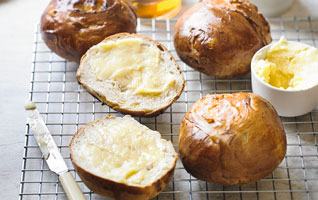 Martha Collison's lemon & ginger teacakes with honey butter