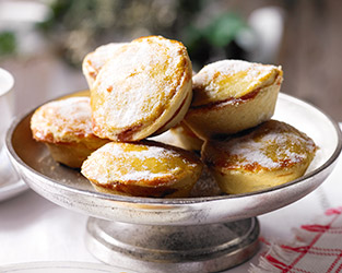 Cranberry & apple mince pies
