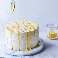 Passion-fruit-and-vanilla-layer-cake