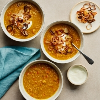Red lentil soup with crispy shallots