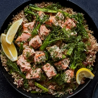 4206-jan21-recipecard-salmon-broccoli-pilaf (1)