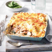 Salmon & spinach fish pie with sweet potato