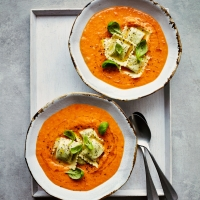 Vegan tomato soup with spinach ravioli
