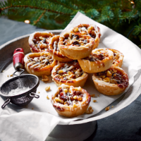 Clementine and walnut mince pies