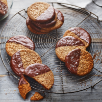 Chocolate-dipped sea salt and rye digestives