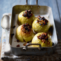 Nutty baked apples