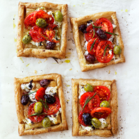 Olive, tomato & goats' cheese tarts