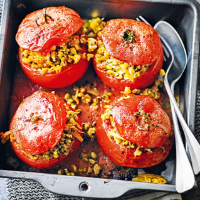 Pesto & wheatberry stuffed tomatoes