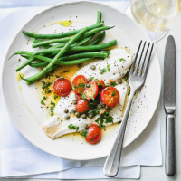 Plaice with lemon, capers & tomatoes