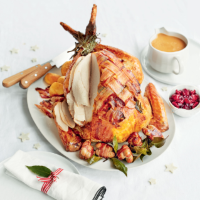 Roast turkey with a herb & pancetta lattice