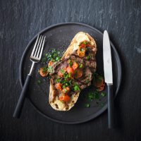 Steak with tomato & onion relish