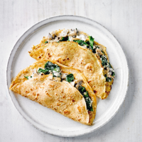Spelt crepes with spinach, mushroom & ricotta