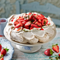 Strawberry pavlova with mint sugar