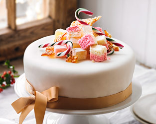 Martha Collison's sweetie Christmas cake