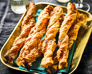 Goat's cheese & truffle pesto twists