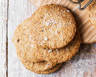 Oat and black pepper biscuits