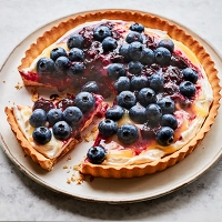 Blueberry and lemon tart