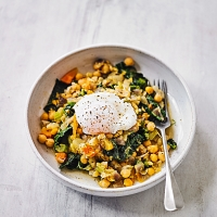 Braised chick peas & poached egg