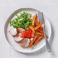 Pork with sweet potatoes & mojo pepper sauce