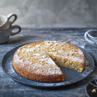 Carrot, olive oil and almond cake