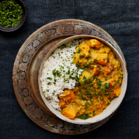 Indian sweet potato and red lentil curry