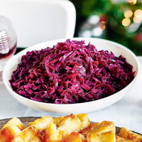 Red cabbage with sloe gin and juniper