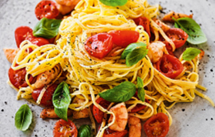 vermicelli pasta with prawns, tomatoes and garlic