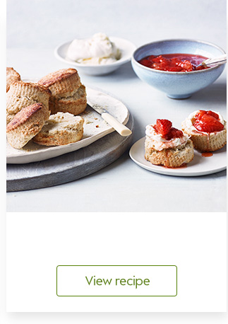 Almond scones with strawberry compote
