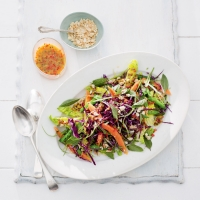 Crunchy papaya salad with fiery passion fruit salad