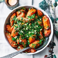 Ginger-roast carrots with orange, almond and parsley crumb
