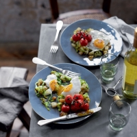 Maris Piper & leek hash with fried eggs