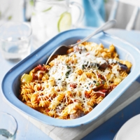 Spicy--meatball-Pasta-Bake