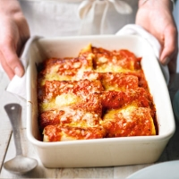 Quick chicken and veg cannelloni