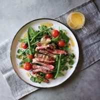 Sirloin-steak-&-roasted-tomato-salad