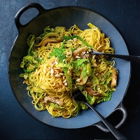 stir fried cabbage and mushrooms with noodles